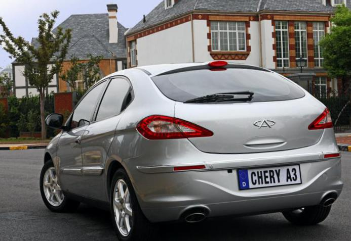 M11 Hatchback Chery usa 2012