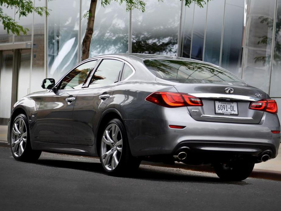 Q70 Hybrid Infiniti approved 2014