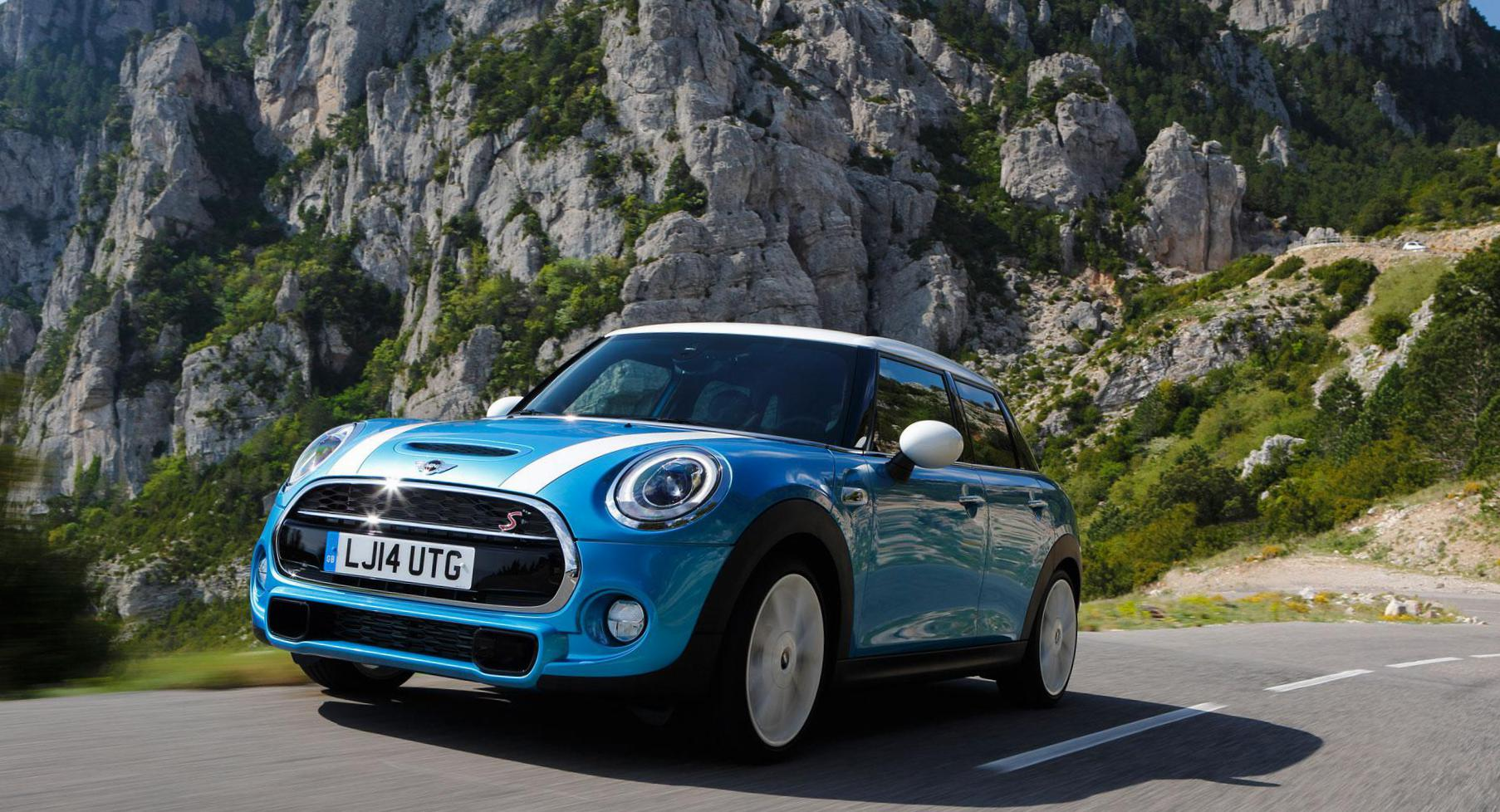 MINI Cooper 5d reviews 2011