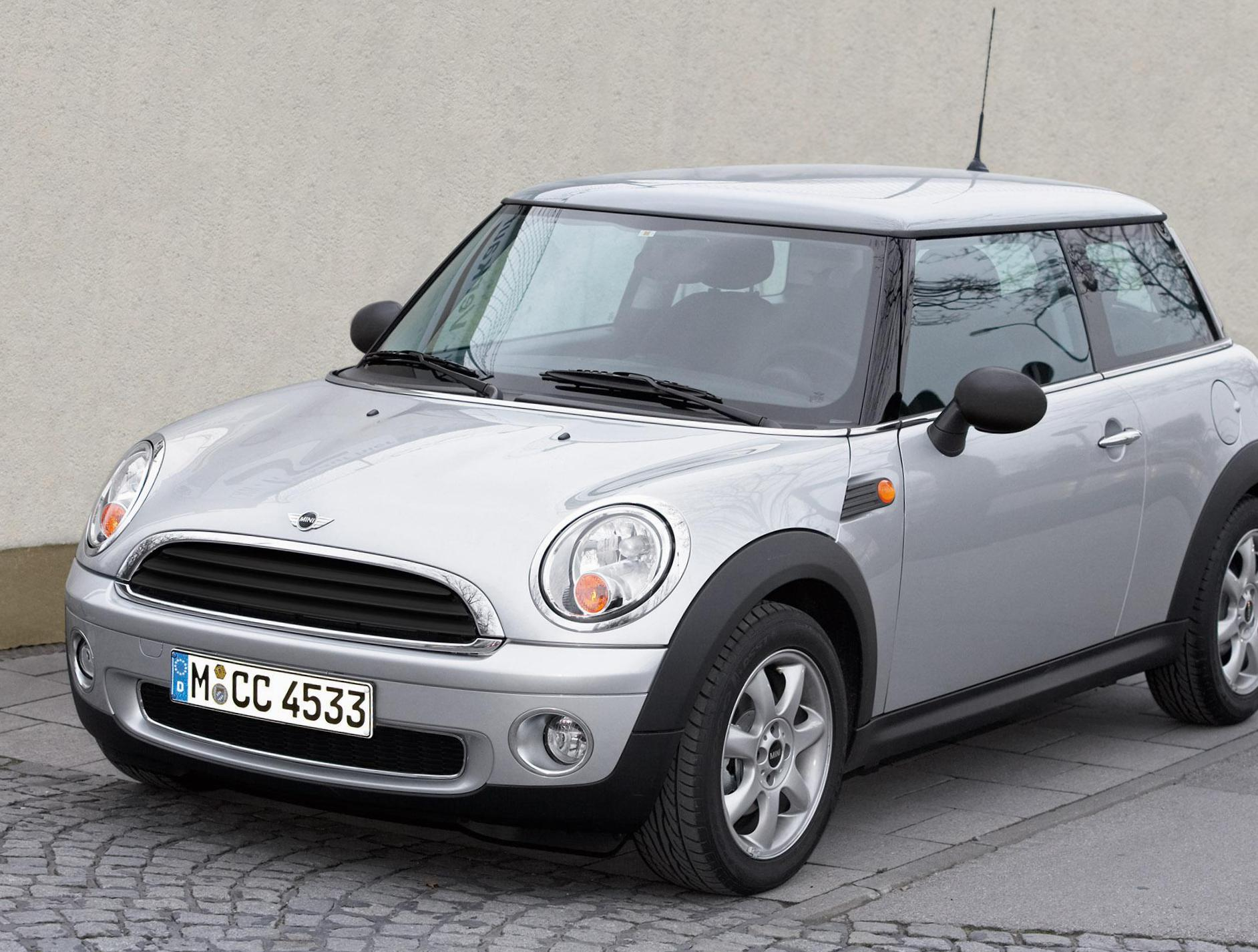One MINI Specification 2006