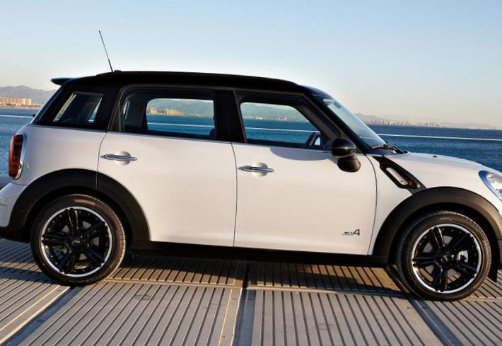 MINI One Countryman approved 2014