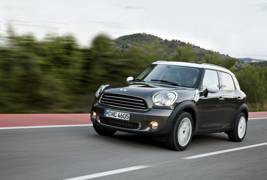 Cooper Countryman MINI specs liftback