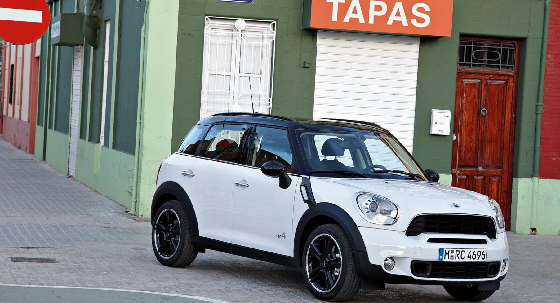 MINI Cooper S Countryman auto hatchback