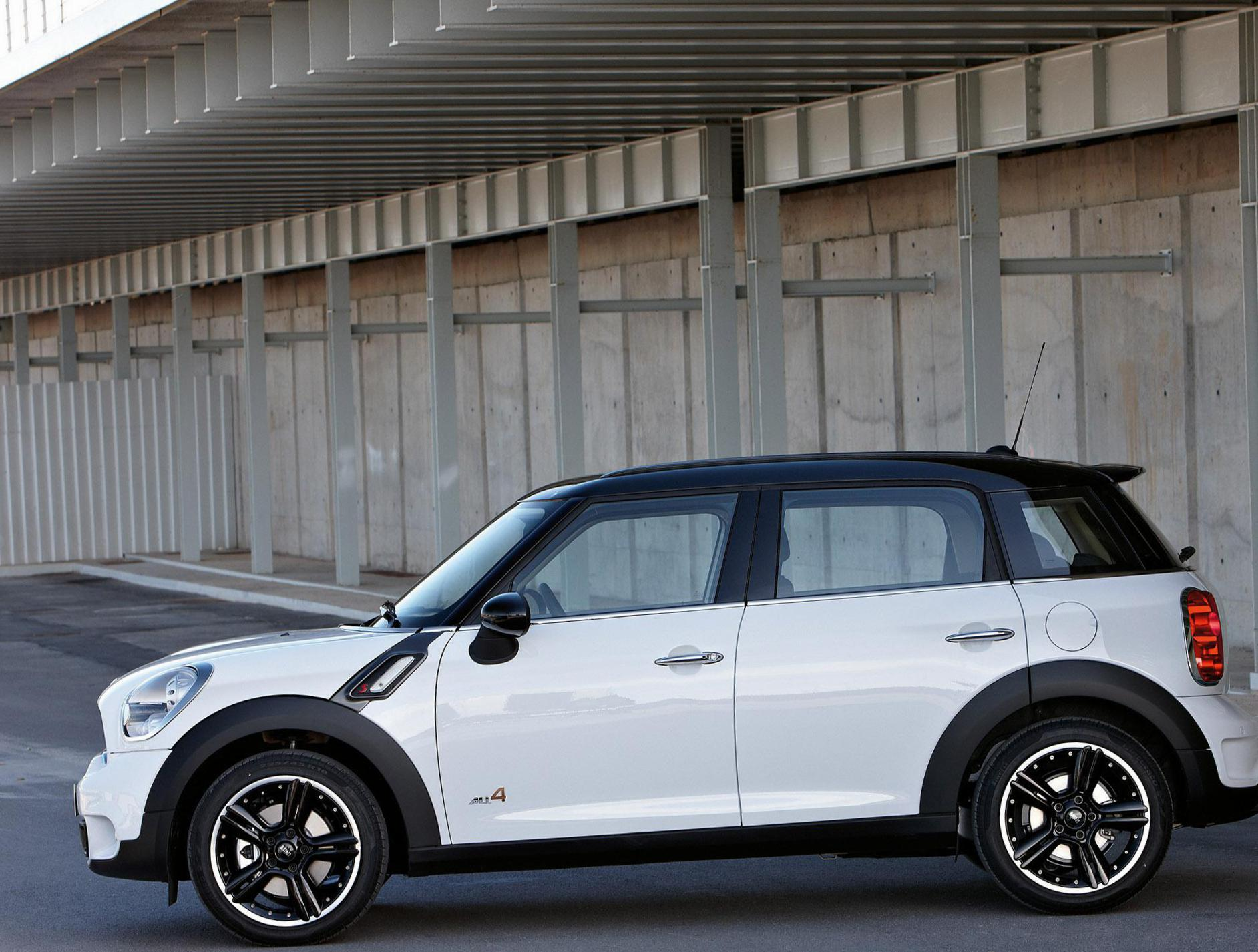 MINI Cooper S Countryman new hatchback