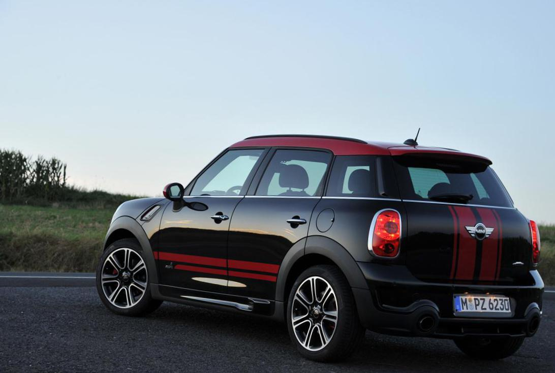 MINI John Cooper Works Countryman Specifications 2014