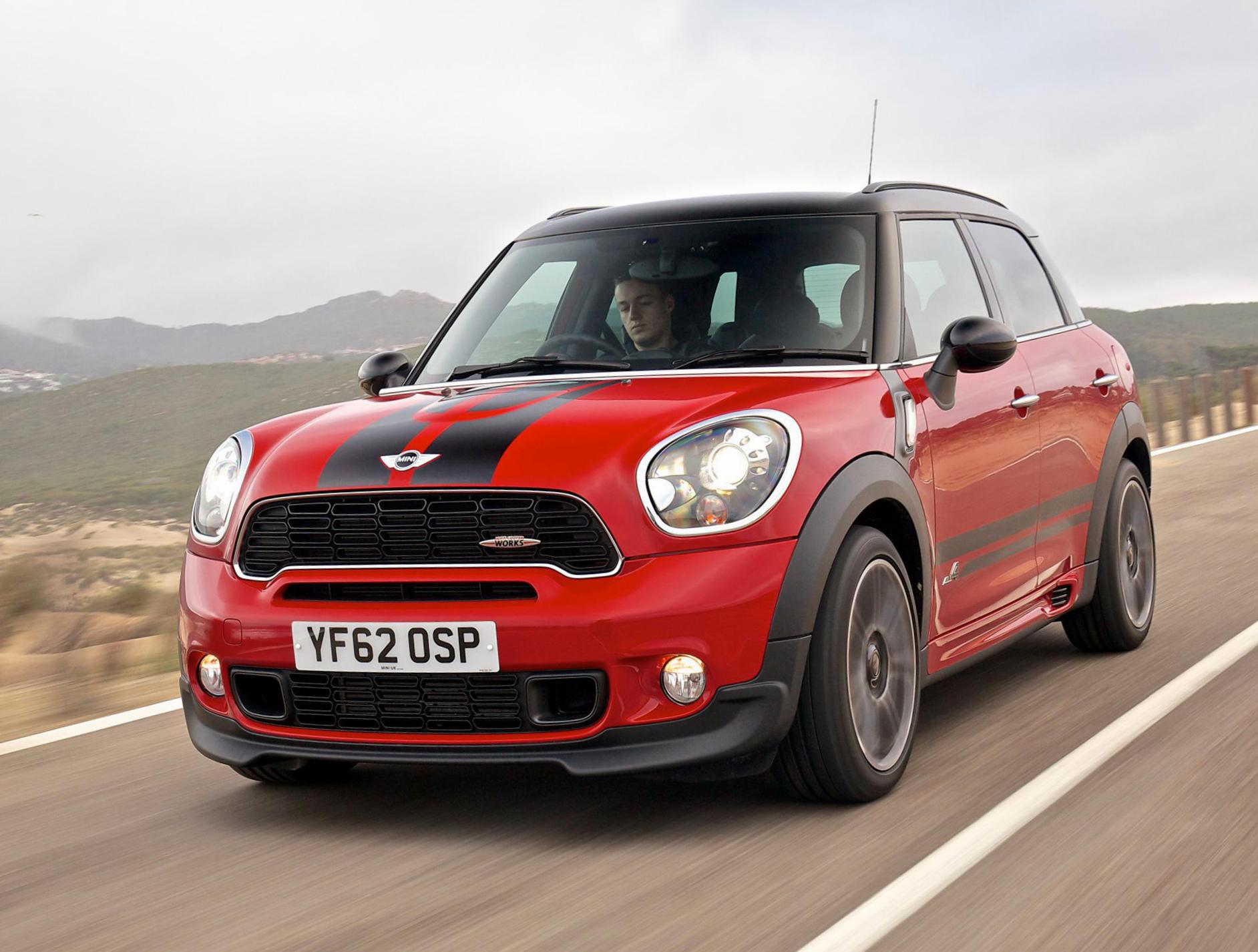 MINI John Cooper Works Countryman usa cabriolet