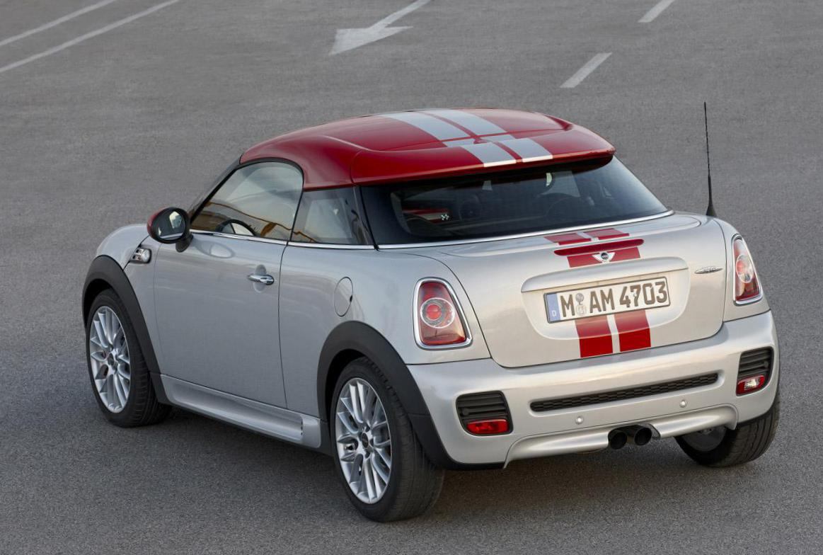 MINI Cooper Coupe cost 2010