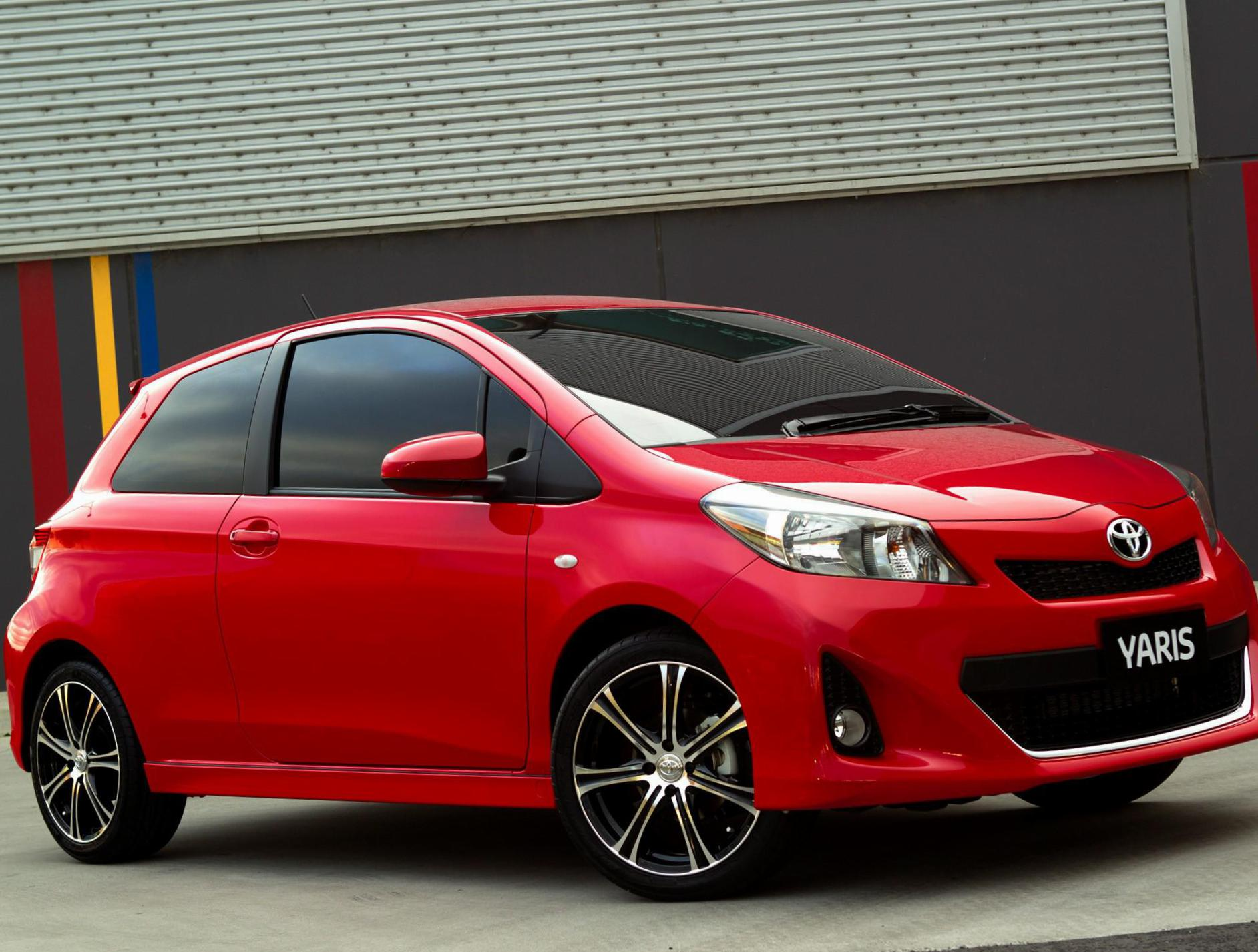 toyota yaris 3 doors photos and specs photo yaris 3 doors toyota for sale and 26 perfect. Black Bedroom Furniture Sets. Home Design Ideas