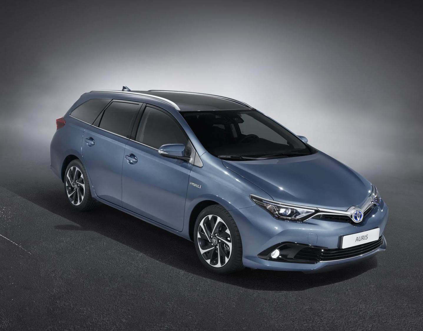 Auris Toyota prices sedan