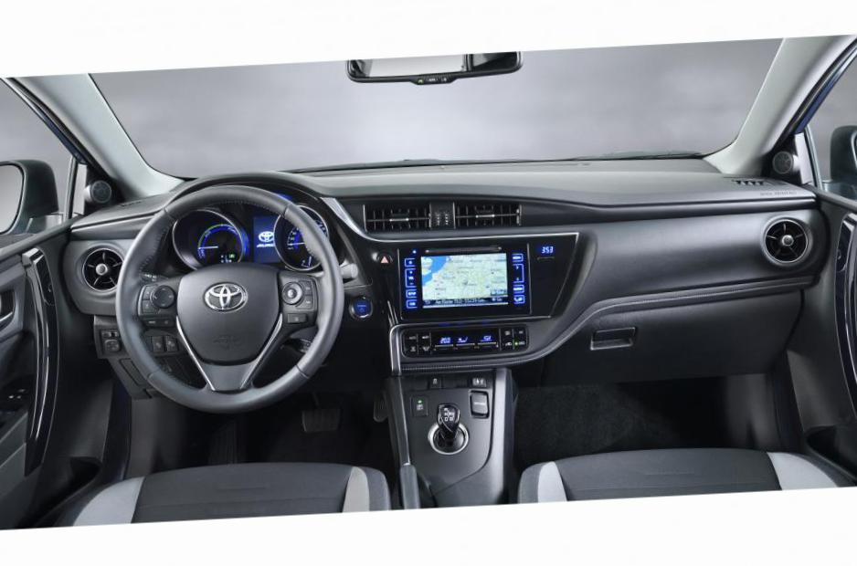 Auris Touring Sports Toyota reviews 2007