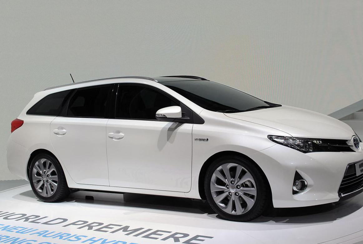 Toyota Auris Touring Sports concept 2010