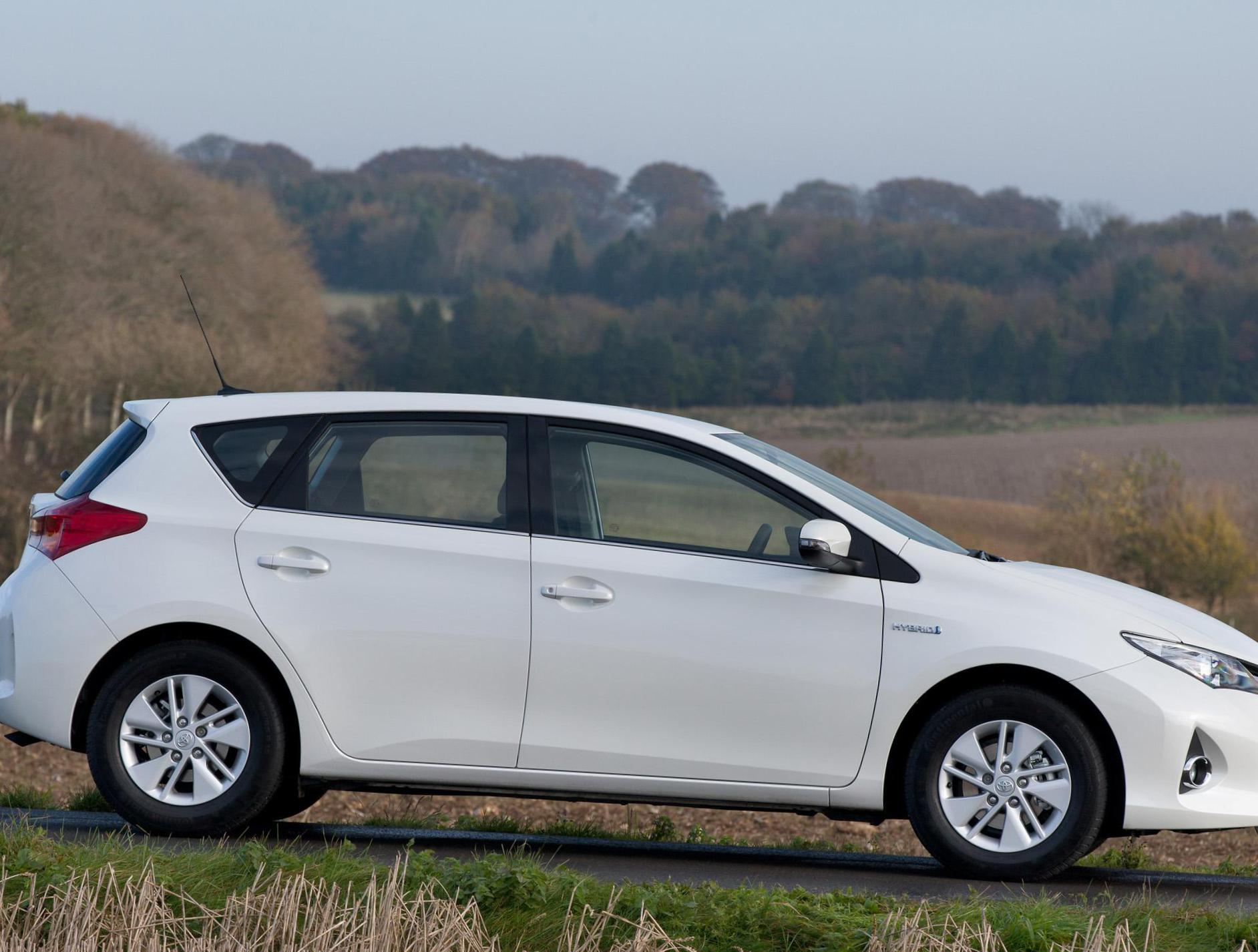 Toyota Auris Hybrid Specifications 2009