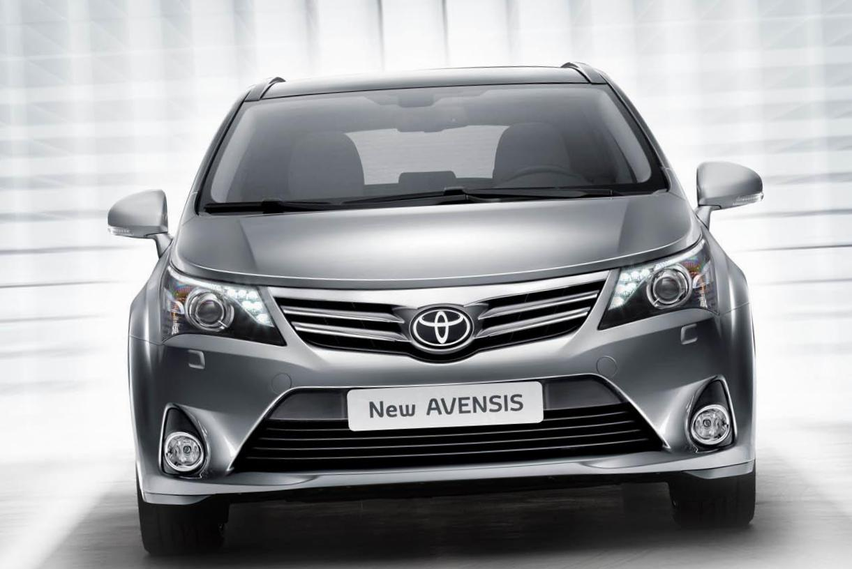 Toyota Avensis lease 2011