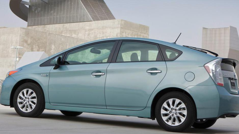 Prius Plug In Hybrid Toyota Concept Minivan