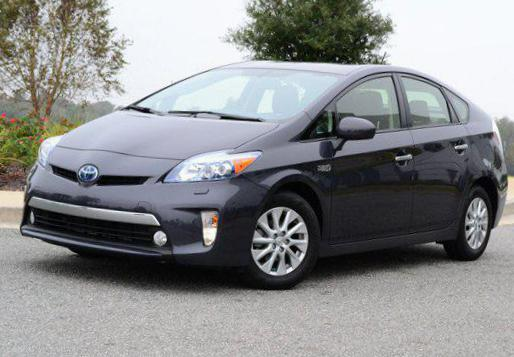 toyota prius plug in hybrid photos and specs photo prius. Black Bedroom Furniture Sets. Home Design Ideas