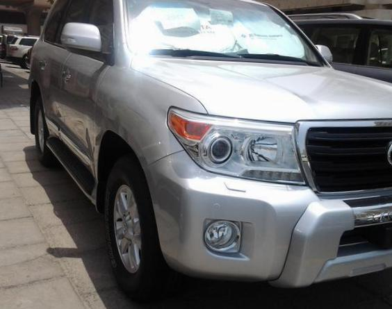 Land Cruiser 200 Toyota prices 2010