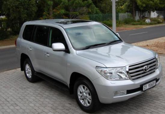Toyota Land Cruiser 200 usa suv