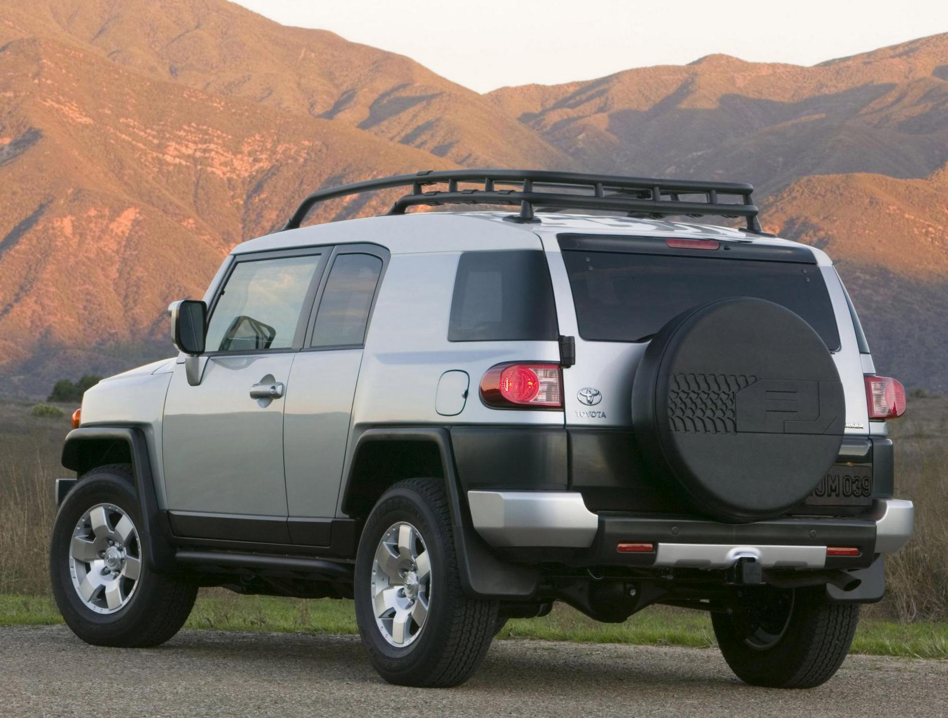 FJ Cruiser Toyota spec hatchback
