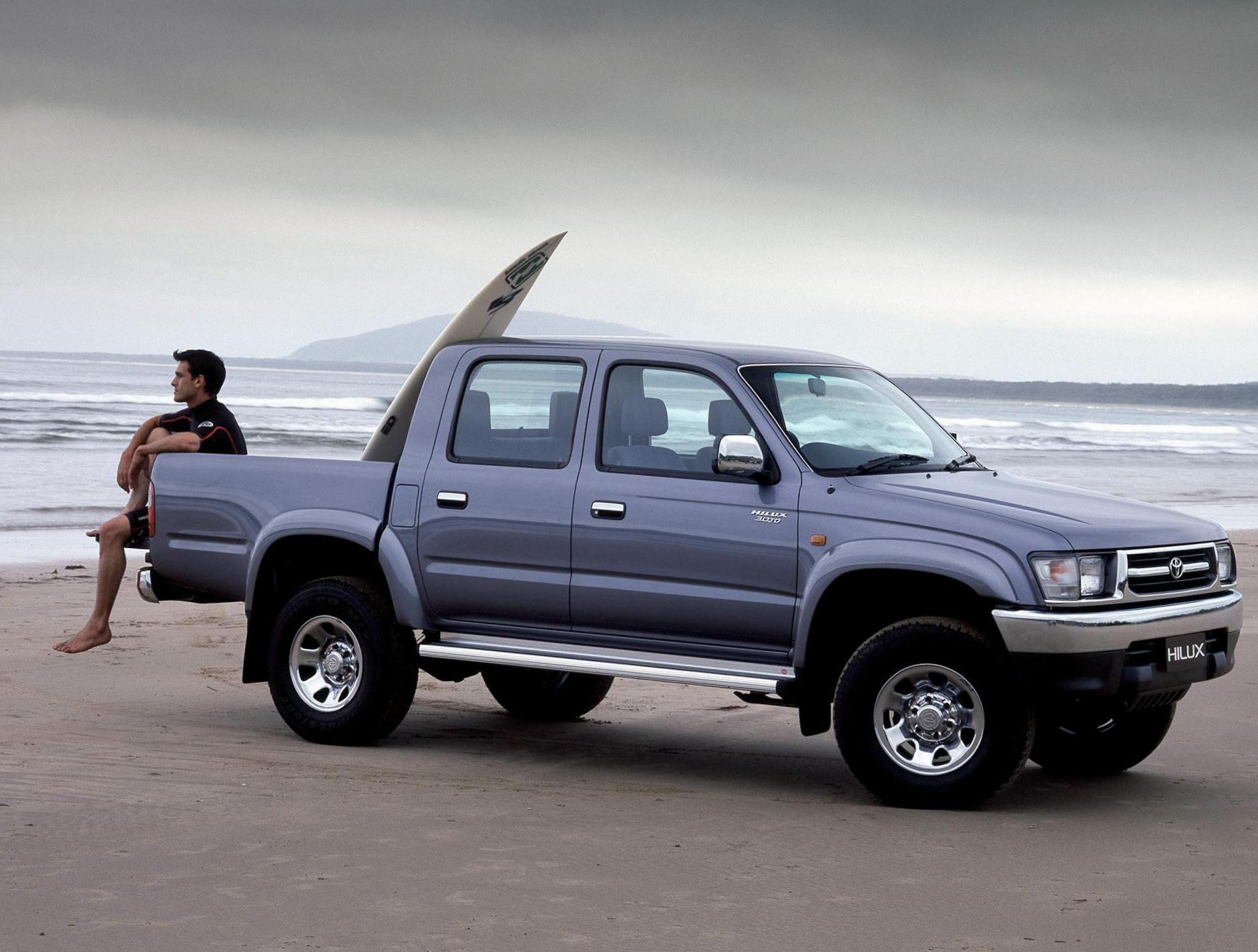 Hilux Double Cab Toyota cost 2014