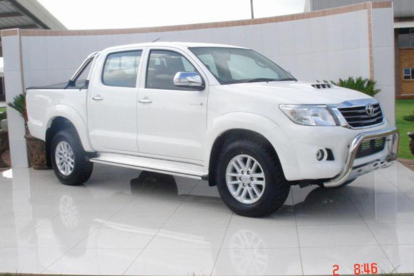 Hilux Double Cab Toyota review suv