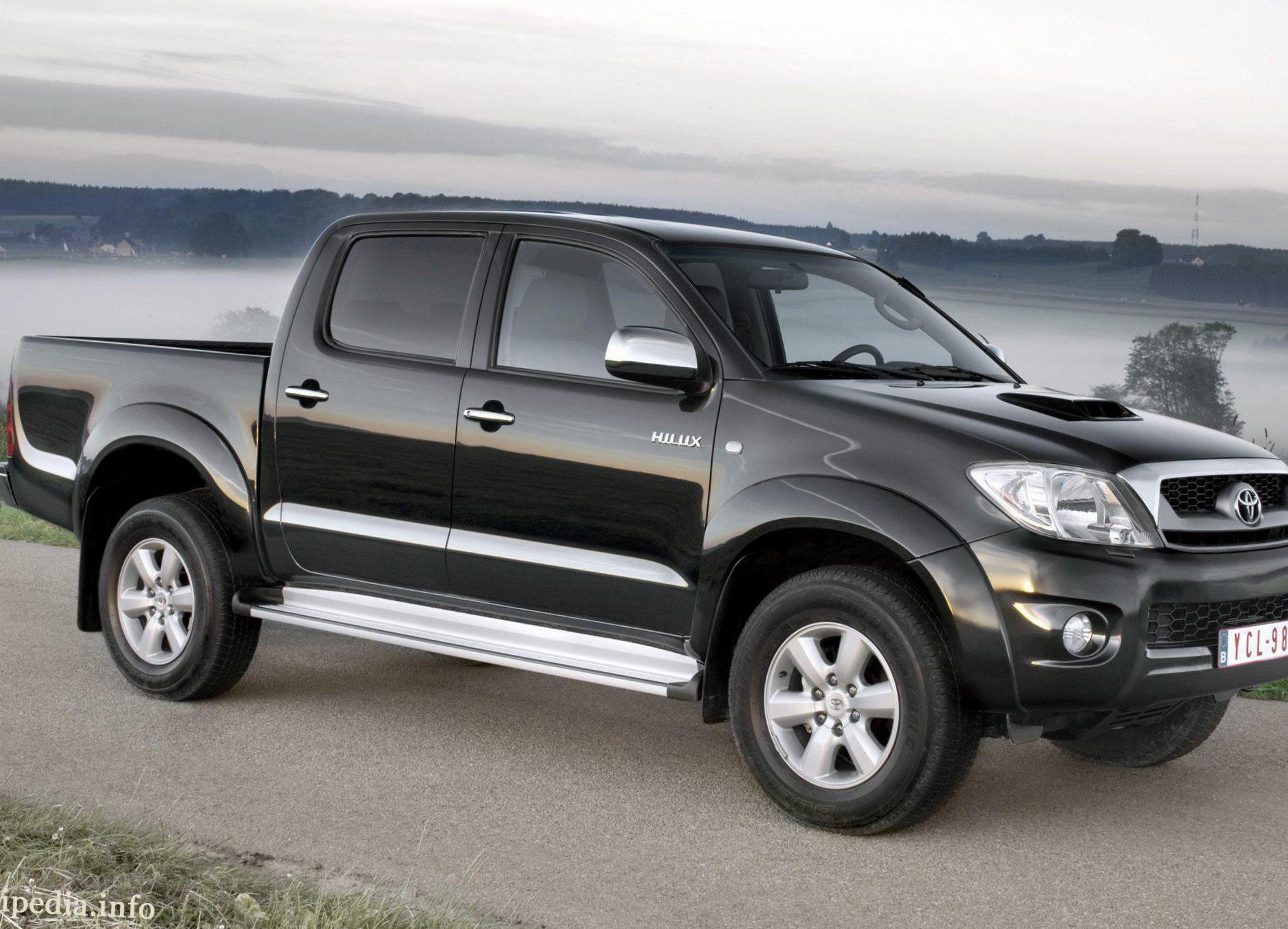 Toyota Hilux Double Cab Photos And Specs Photo Toyota Hilux Double