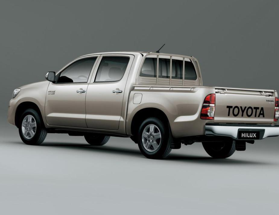 Hilux Double Cab Toyota Characteristics 2013