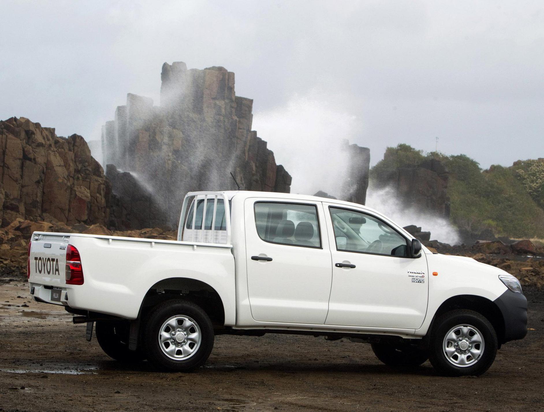 Kelebihan Kekurangan Toyota Hilux 2008 Spesifikasi