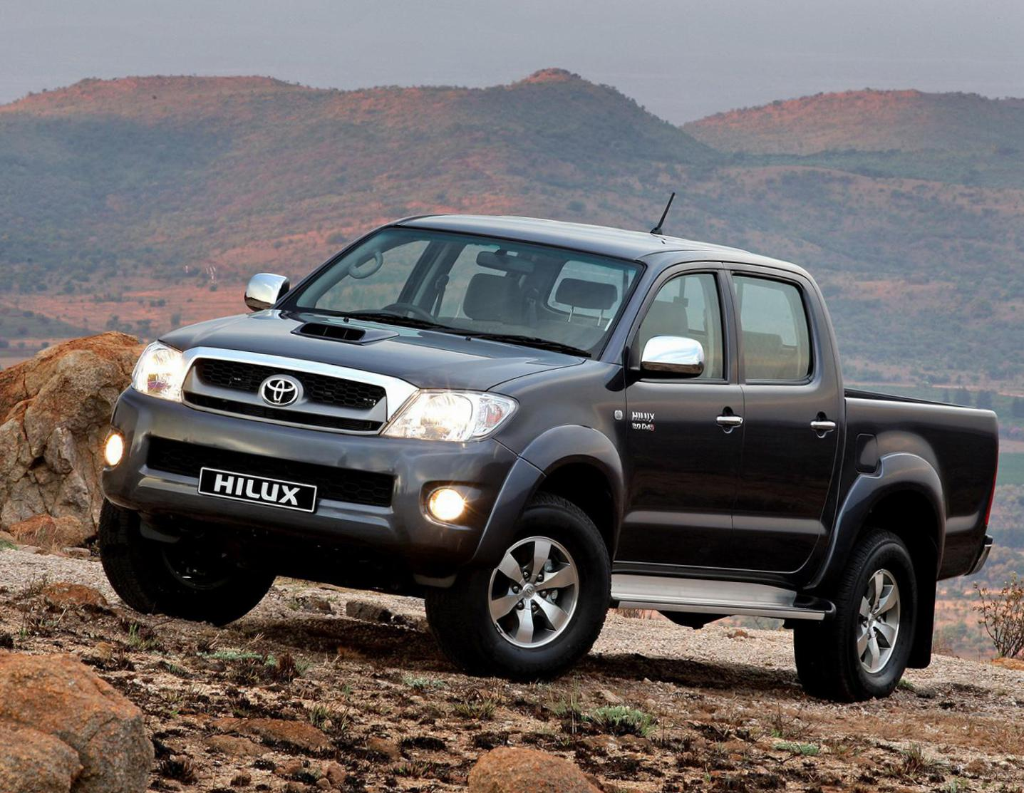 Toyota Hilux Double Cab how mach hatchback
