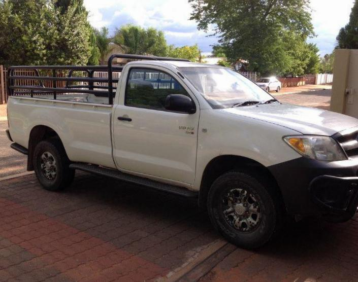 Toyota Hilux Single Cab prices 2006
