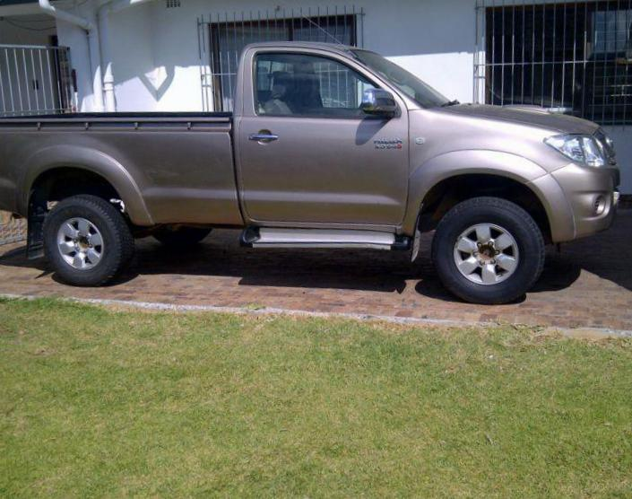 Toyota Hilux Single Cab sale 2013