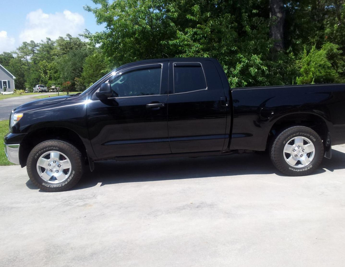 Toyota Tundra Double Cab approved 2003