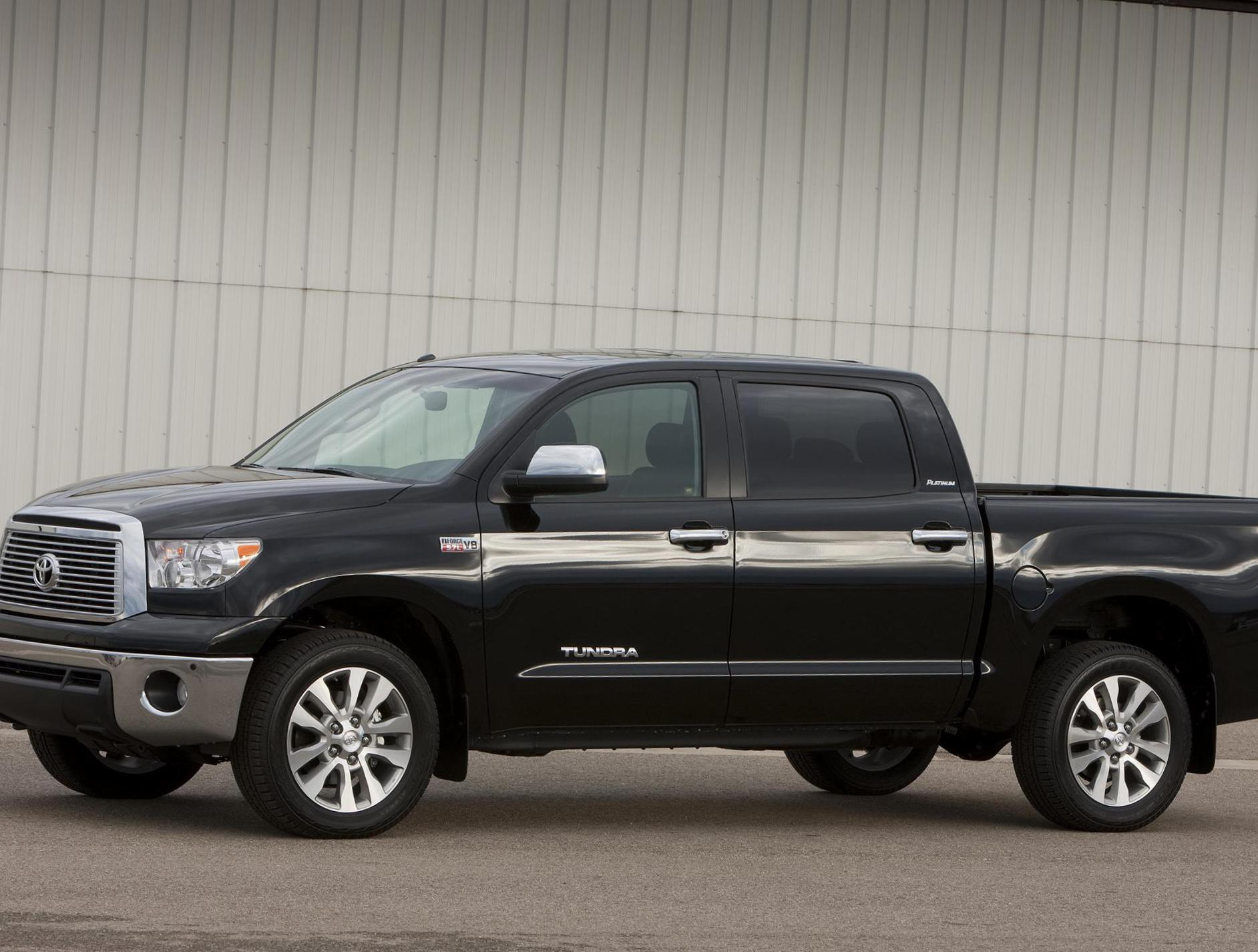 Toyota Tundra CrewMax reviews 2012