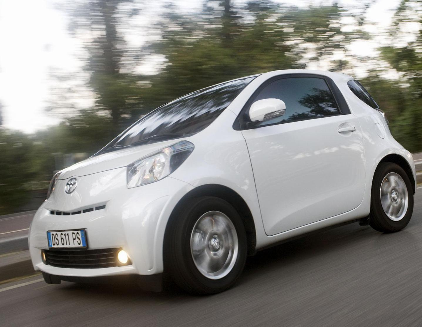 Toyota iQ review 2015