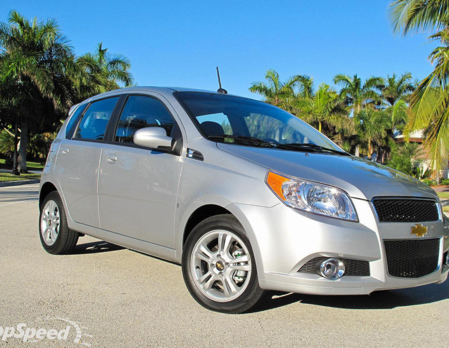Chevrolet Aveo Hatchback 5d review 2013