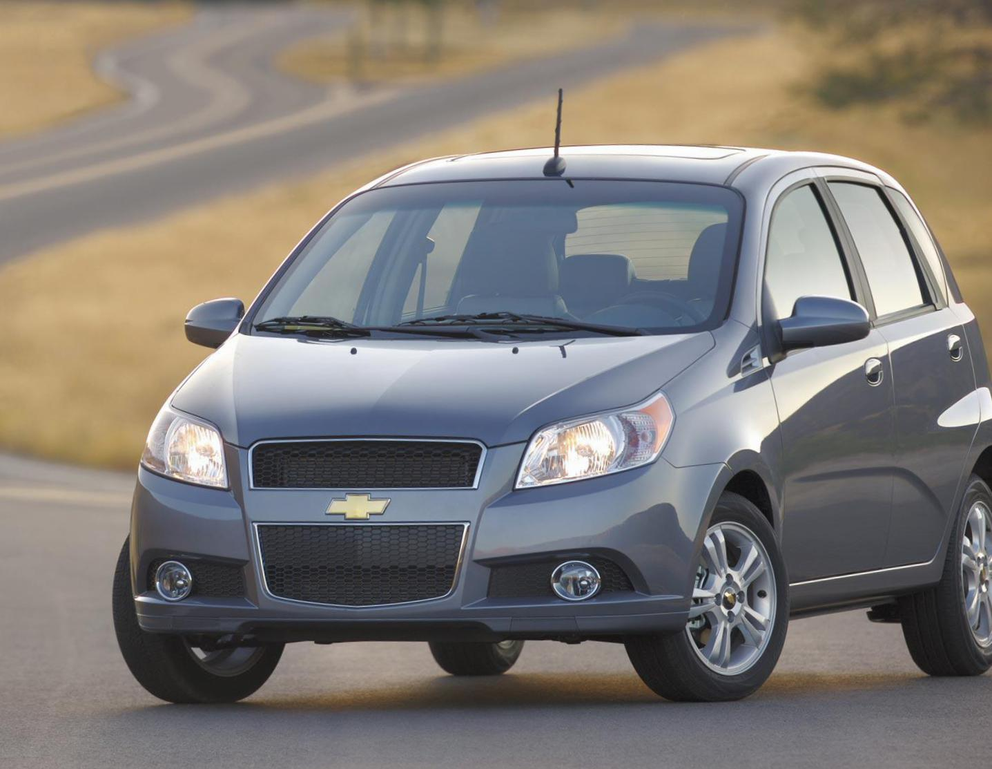 Chevrolet Aveo Hatchback review 2014