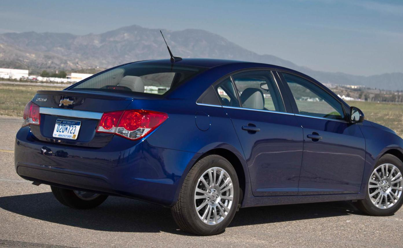 Cruze Chevrolet models hatchback