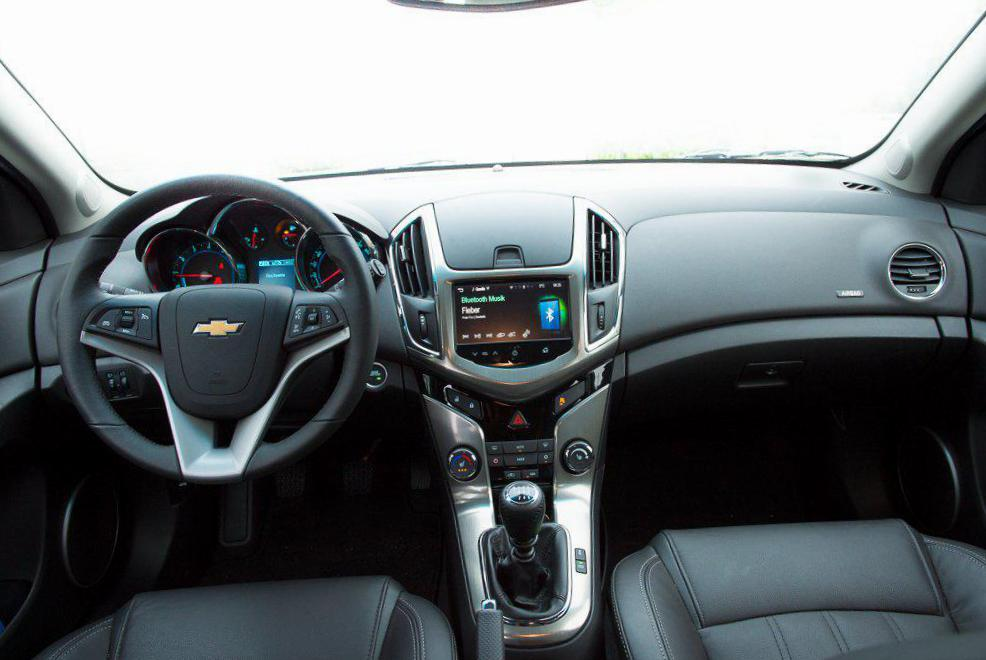 Cruze Station Wagon Chevrolet review 2013