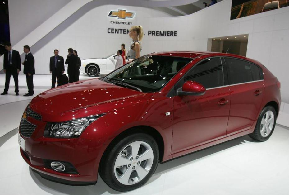 Chevrolet Cruze Hatchback how mach 2013