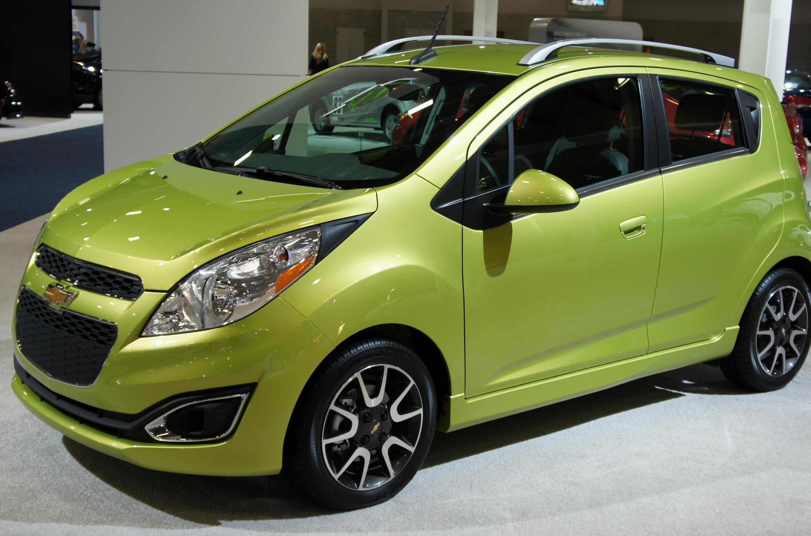 Chevrolet Spark Photos And Specs Photo Chevrolet Spark