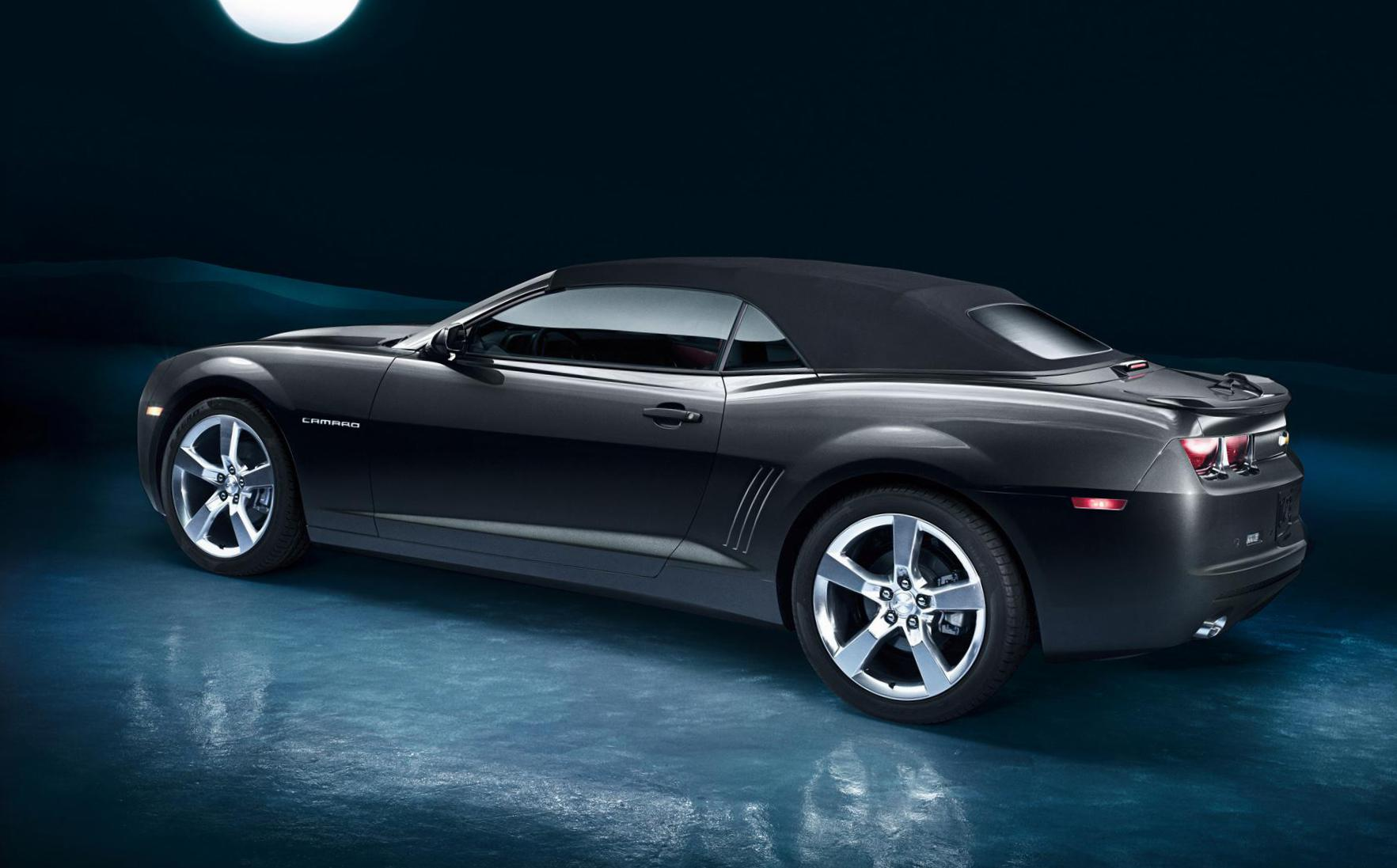 Chevrolet Camaro Convertible models sedan