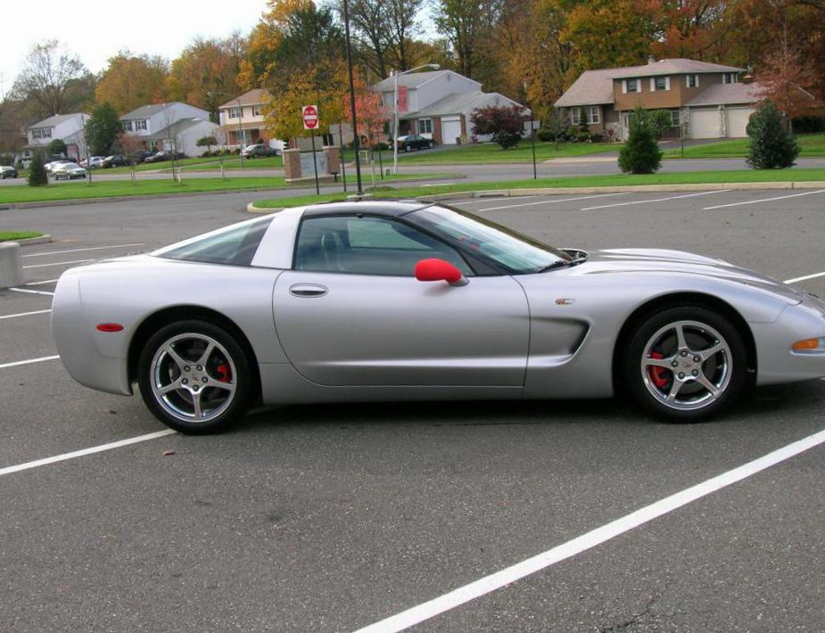 Chevrolet Corvette Coupe spec sedan