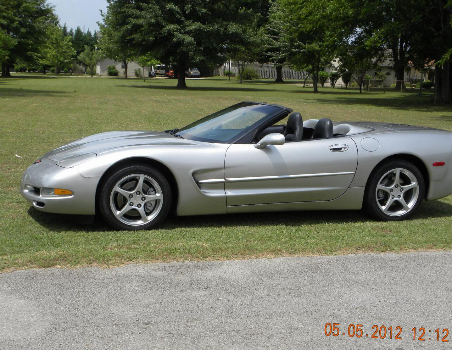 Corvette Convertible Chevrolet cost 2013