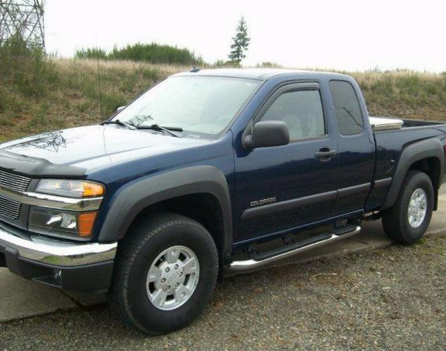 Chevrolet Colorado Extended Cab new 2003