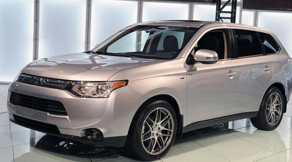 Mitsubishi Outlander approved 2013
