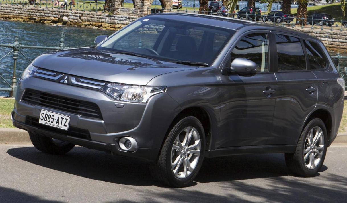 Outlander Mitsubishi review pickup