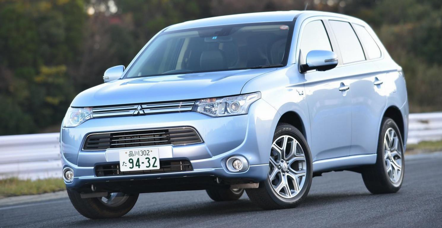 Outlander PHEV Mitsubishi prices 2014