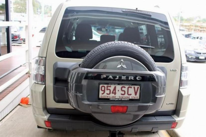 Pajero Wagon Mitsubishi review 2007