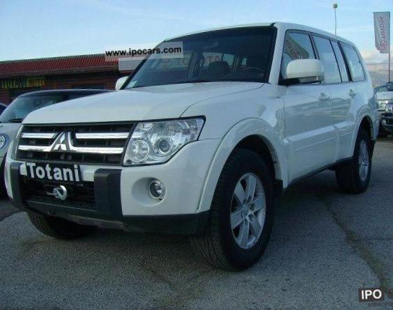 Mitsubishi Pajero Wagon Specification sedan