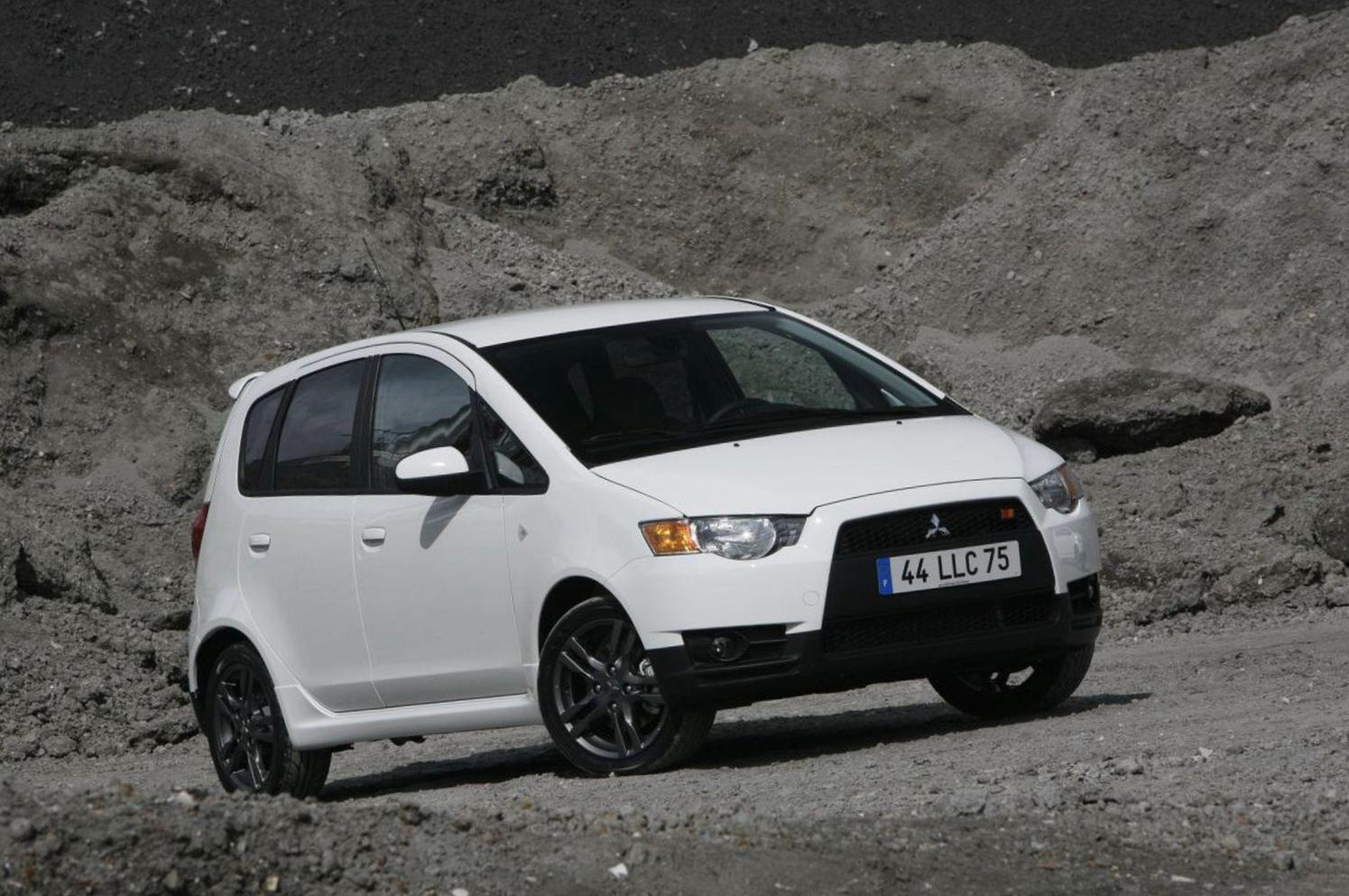 Mitsubishi Colt 5 doors review 2015