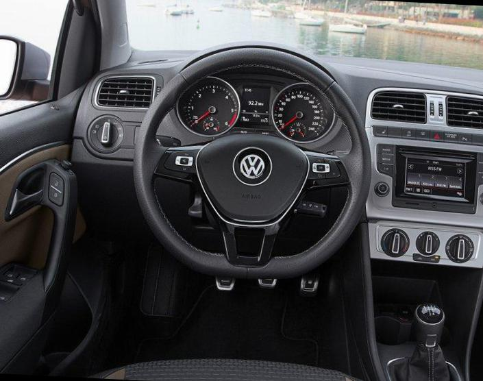 Volkswagen Cross Polo lease suv